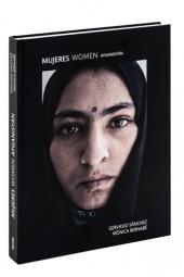 Presentaciones MUJERES / DONES / WOMEN. AFGANISTÁN, de Gervasio Sánchez  y Mònica Bernabé